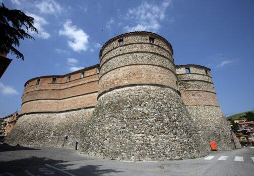 Treccani documenta la Rocca di Sassocorvaro